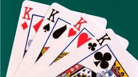 Cách nhớ bài trong đánh phỏm giúp bạn luôn dành chiến thắng